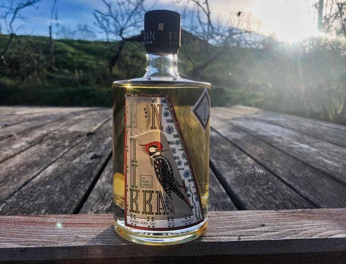 Eine Flasche des Menu Le Bon Tikka Gins