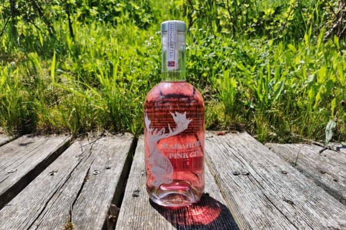 Eine Flasche des Harahorn Pink Gins