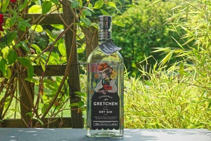 Eine Flasche des Gretchen Dry Gins