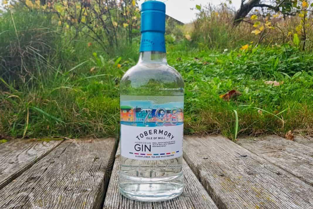 Eine Flasche des Tobermory Gins