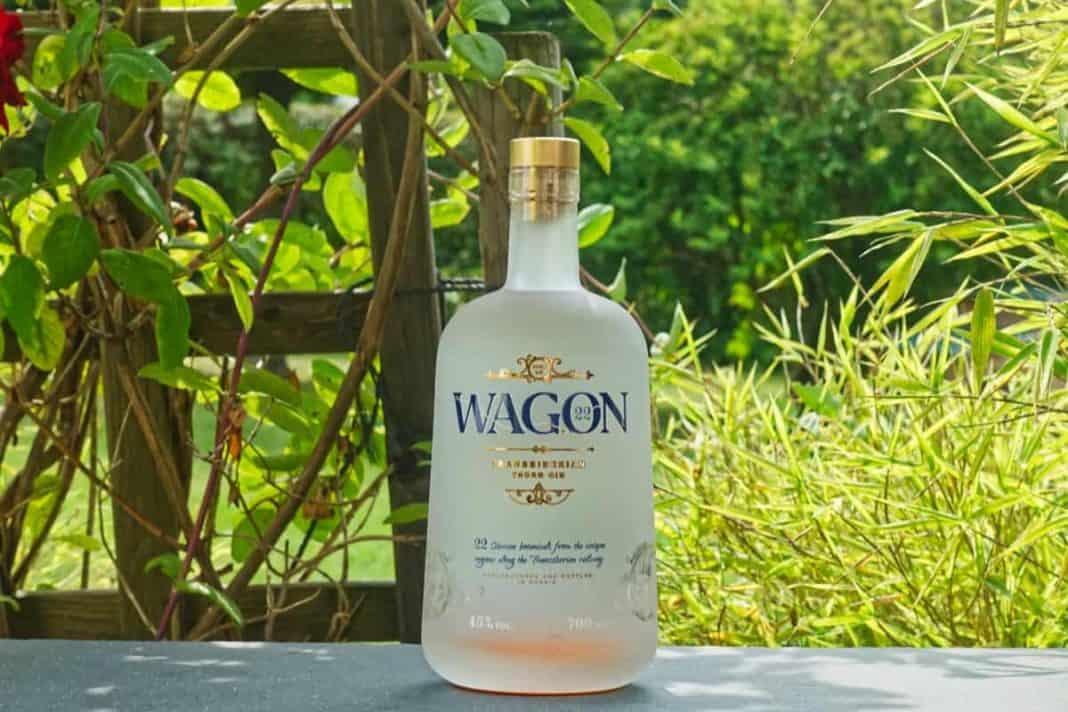 Eine Flasche des Wagon22 Gins